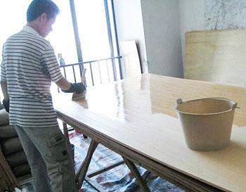 汉林水性木器漆施工厂
