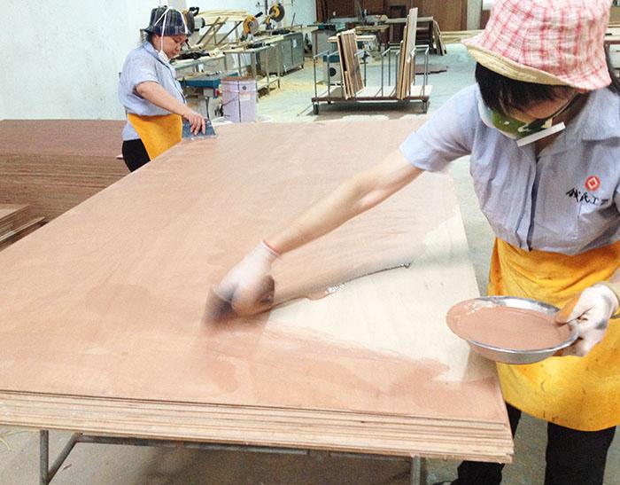 广东家具贴木皮木眼深如果填充喷漆,汉林水性腻子效果真的没的说!